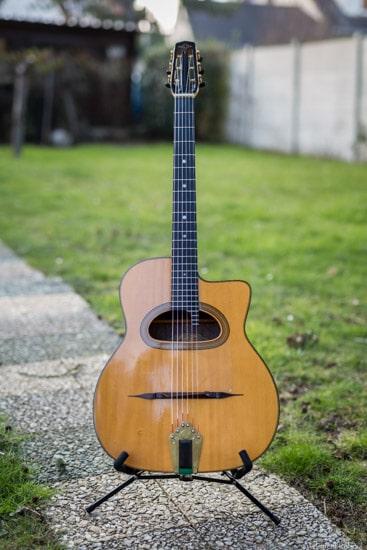 comment choisir sa guitare manouche grande bouche ALD