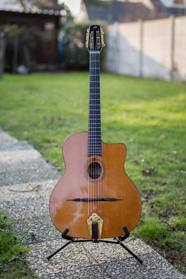 comment choisir sa guitare manouche petite bouche Bob Holo